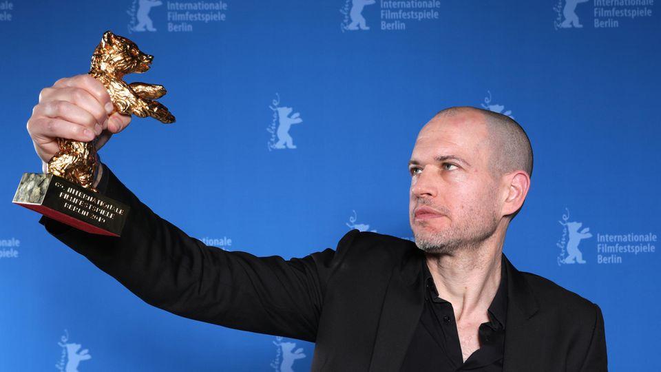 """Regisseur Nadav Lapid gewinnt mit """"Synonyme"""" den Goldenen Bären auf der Berlinale 2019"""