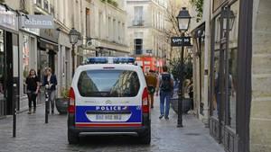 In Paris hat die Polizei die Leiche einer geköpften Frau entdeckt (Symbolbild)