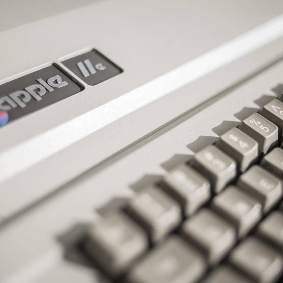 Apple IIe: Mann findet 36 Jahre alten Apple-Computer auf Dachboden – und erlebt eine Überraschung