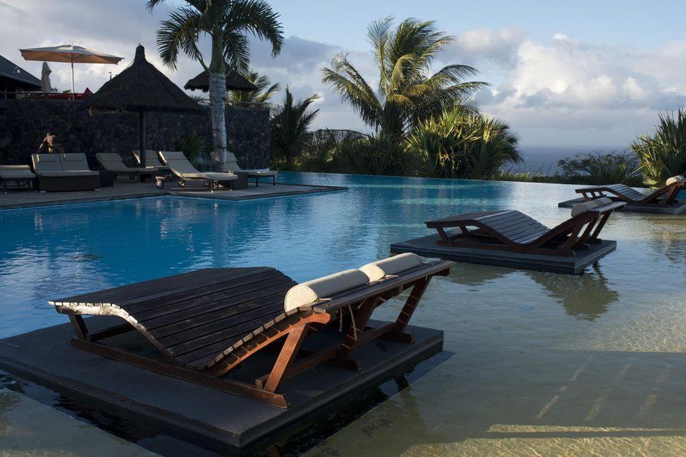 Über der Bucht von Grand Anse: das Fünf-Sterne-Luxushotel Hotel Palm Hotel & Spa