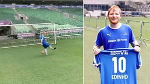 Ed Sheeran durfte bei den brasilianischen Profis mitspielen.
