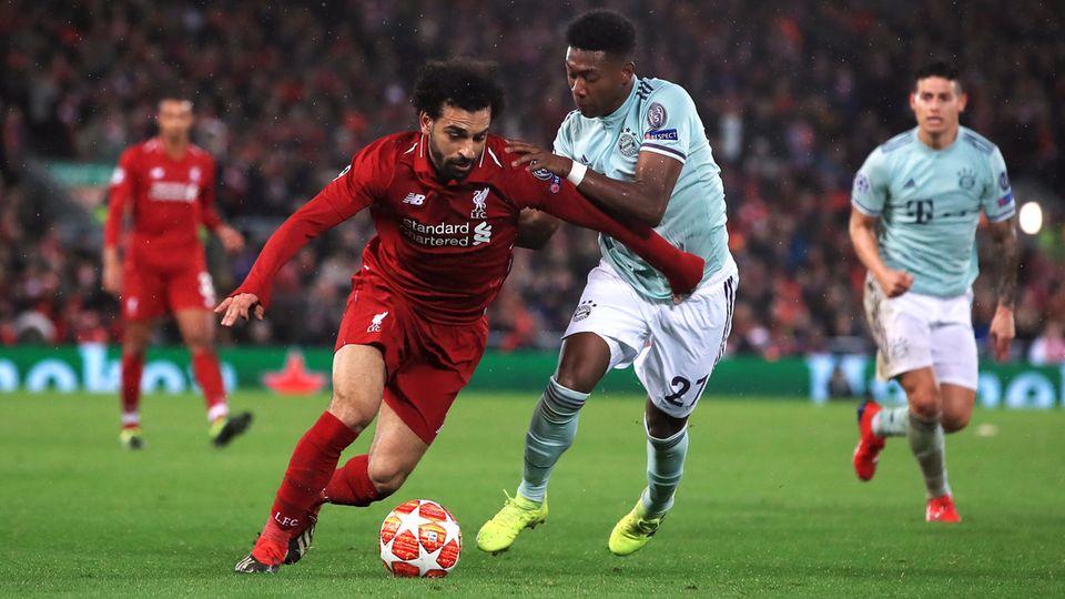 Ausgebremst: Mohamed Salah und David Alaba im Zweikampf