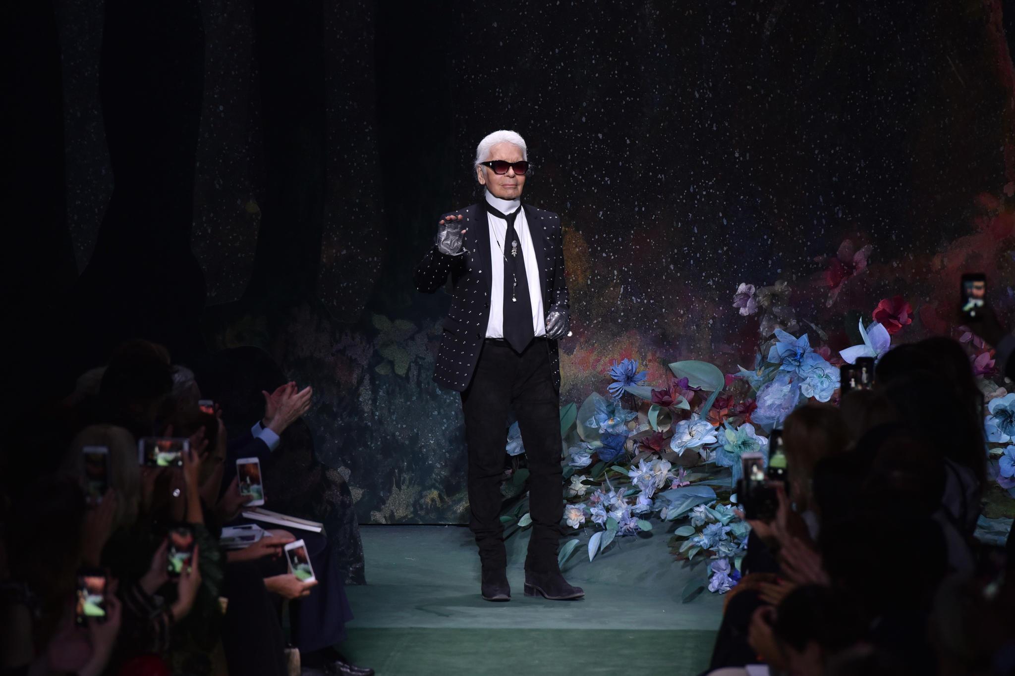 Stripper, Feminismus & Co.: Karl Lagerfeld: Das waren die größten Skandale des Modeschöpfers