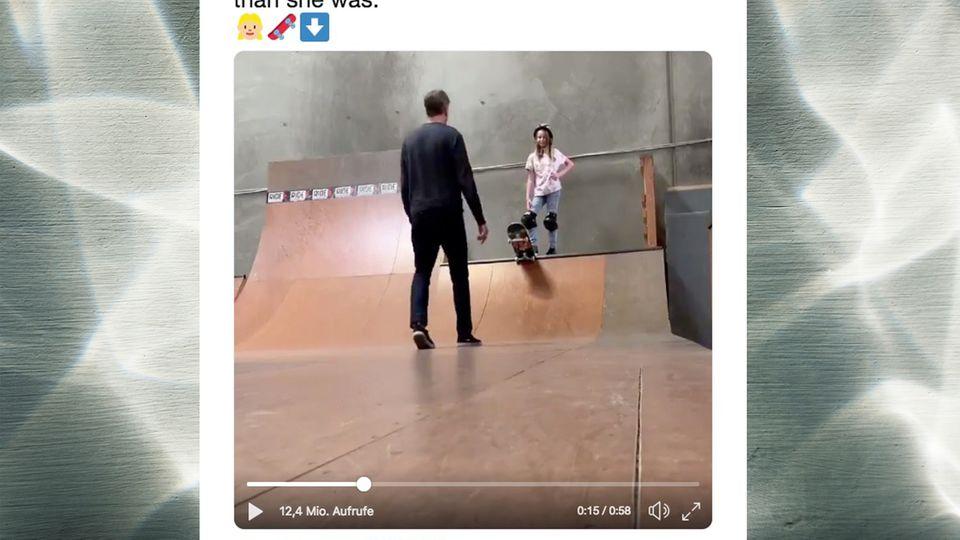 Tony Hawk Twitter Skateboard