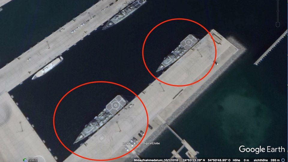 Zwei Arialah liegen im Oktober 2018 in der Marinebasis der Emiratis in Ghantoot am Persischen Golf