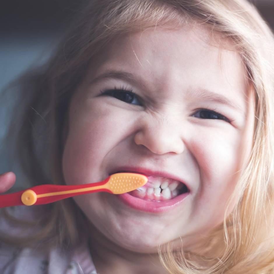 079df37a2e3614 Öko-Test prüft Zahnpasta für Kinder  Ist Fluorid ein Muss