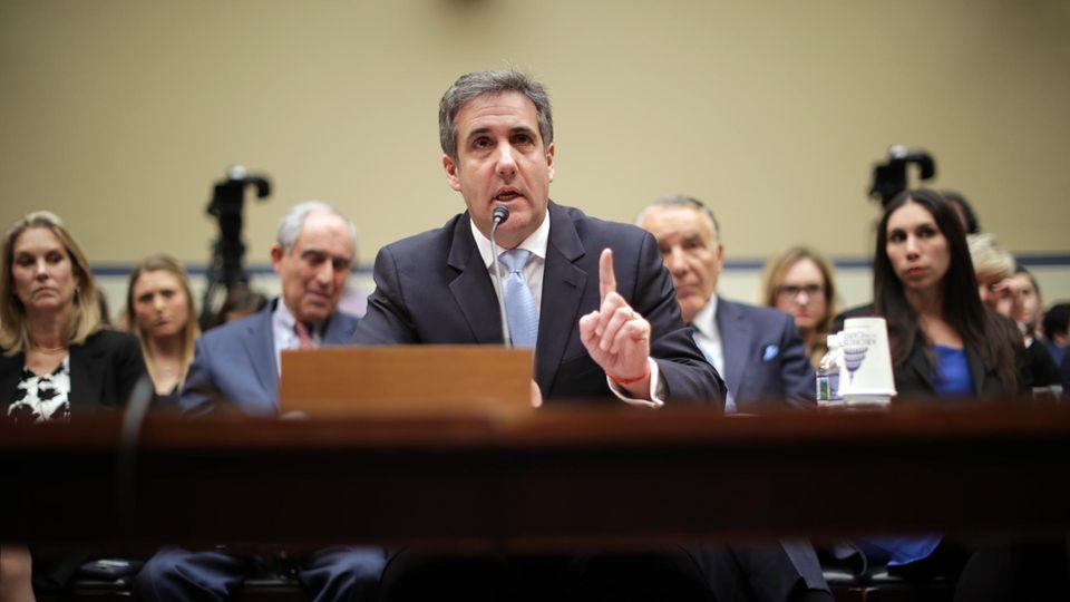 Liveblog: Michael Cohen, der frühere Anwalt von US-Präsident Donald Trump, sagt vor dem Kongress aus