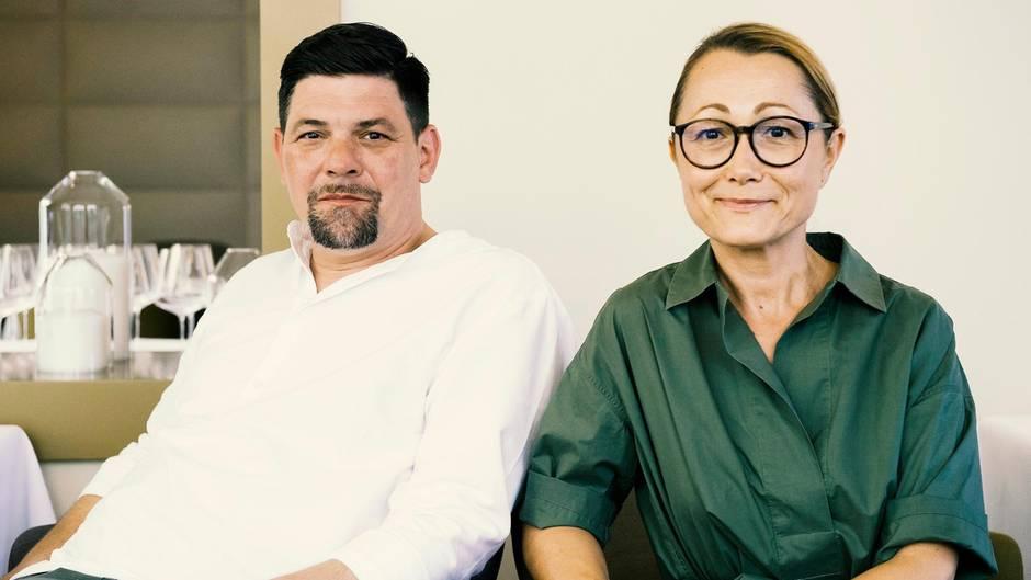 """In der aktuellen Folge von """"Kitchen Impossible"""" tritt SterneköchinTanja Grandits gegen Tim Mälzer an"""