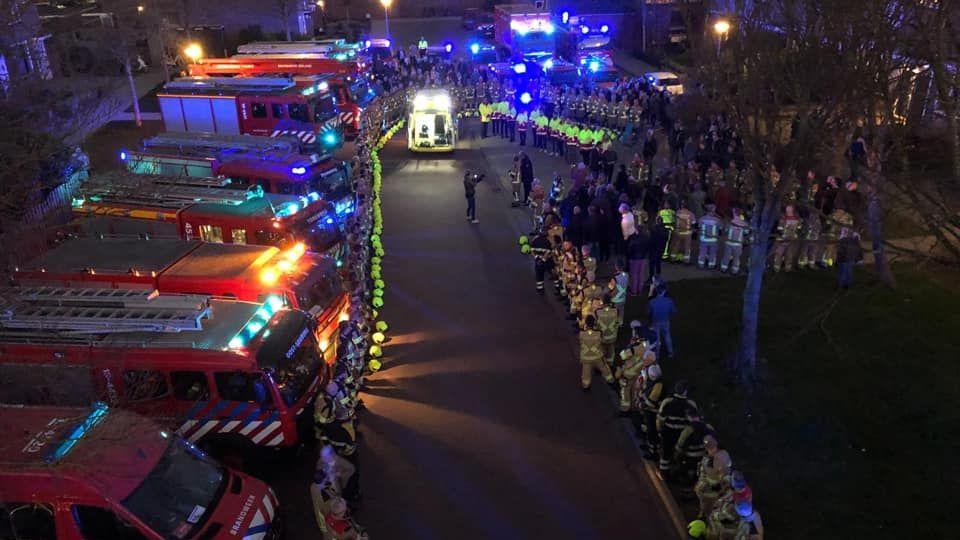 Ehren-Parade für Feuerwehrmann
