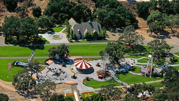 Eine Fantasiewelt – und eine Falle? Jackson lockte die Jungen nach Neverland, sein Anwesen in Kalifornien.