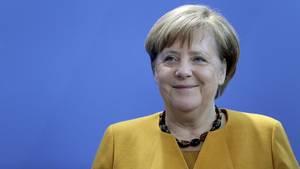 Angela Merkel unterstützt die Schülerdemonstrationen während der Schulzeit