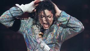 Michael Jackson im Jahr 1992 bei einem Auftritt in Berlin