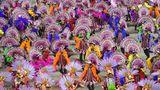 Besonders abwechslungsreich sind die Bilder, die die Mitglieder der SambaschuleSao Clemente erzeugen