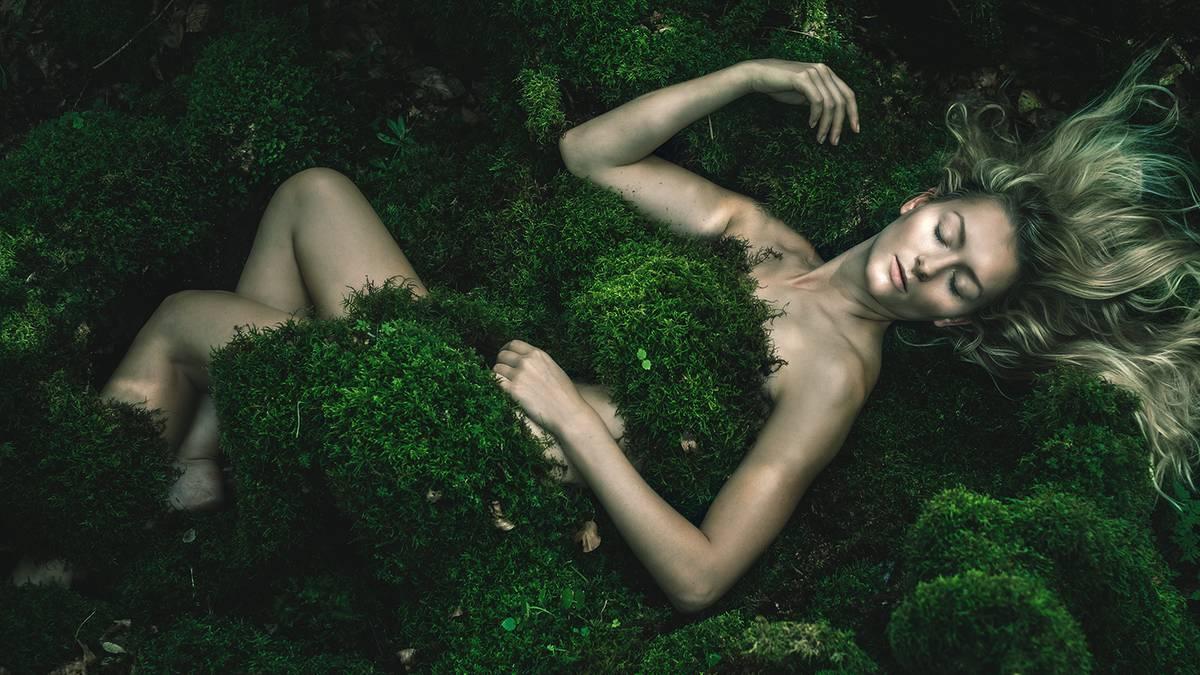 Aktfotografie: Wiesen, Wälder, unendliche Weiten: Aktfotografie im Grünen