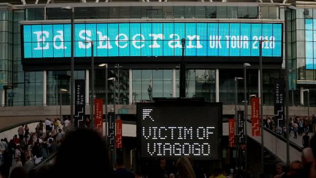 Viagogo-Kunden, bitte hier anstellen: Beim Auftritt von Ed Sheeran in Berlin gab es eine Extra-Schlange für geprellte Kunden.