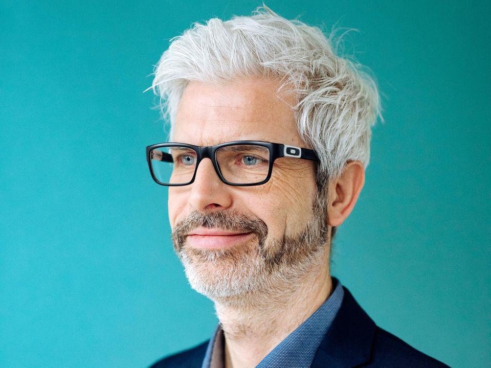 Gesund leben Digitale Patientenakte Tobias Esch Interview