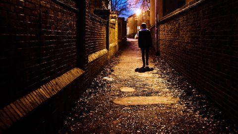 In Nordengland verschwinden junge Mädchen. Die Polizei ermittelt.