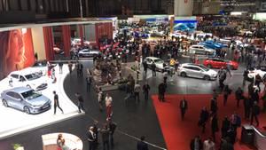 Der Genfer Autosalon im Jahr 2019: Die Gänge sind breiter geworden, weil Hersteller fern bleiben.