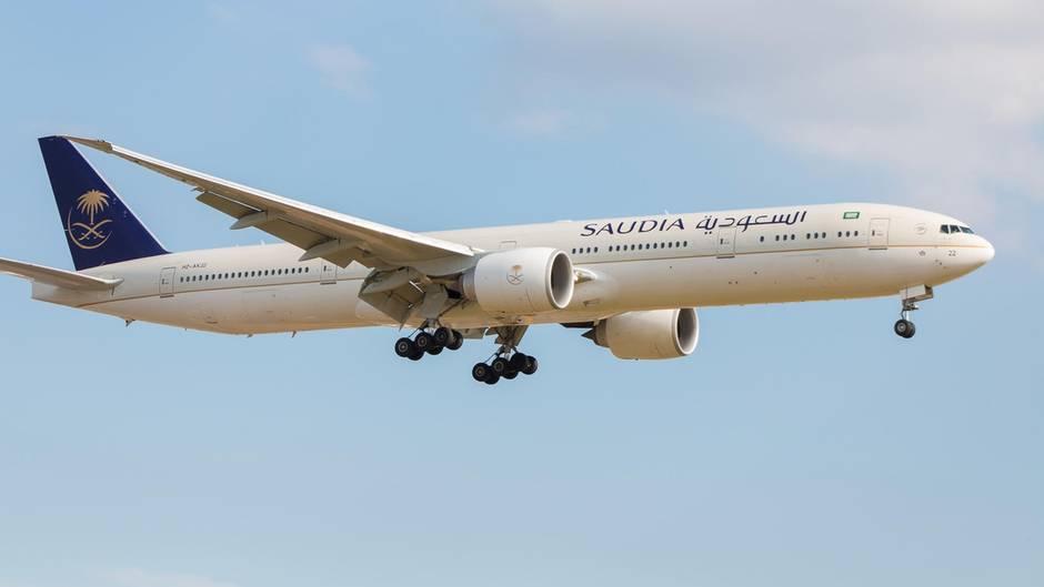 Ein Flugzeug der Airline Saudia