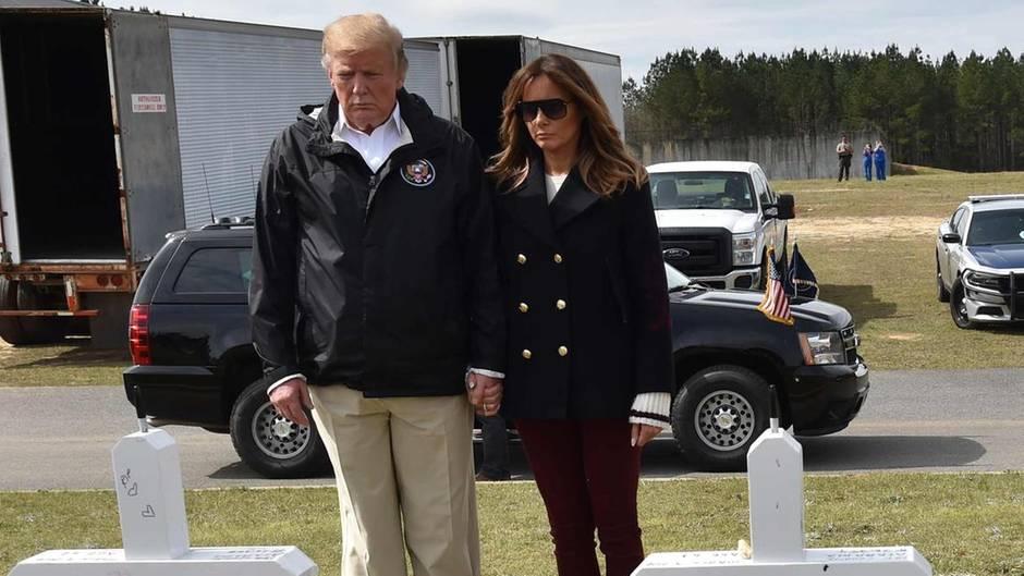 Laut einer Verschwörungstheoriesoll auf diesem Bild gar nicht Melania Trump zu sehen sein
