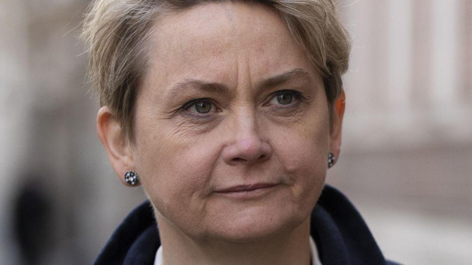 Auf Yvette Cooper hoffen viele Brexit-Gegner