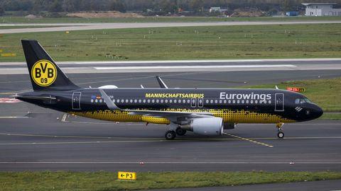 """BVB-""""Mannschaftsairbus"""" von Eurowings: unangemessenes Transportmittel für Schalke-Fans?"""