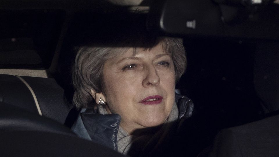 Premierministerin Theresa May nach Brexit-Abstimmung im Auto