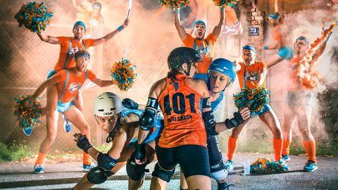 """Als rein männliche Cheerleading-Mannschaft unterstützen die """"Fearleaders Vienna"""" Rollerderby-Teams in Wien."""