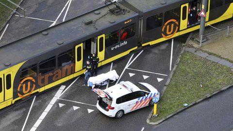 Drei Menschen starben nach den Schüssen in der Straßenbahn in Utrecht, fünf weitere wurden verletzt