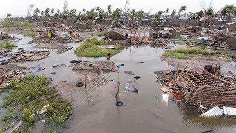 In Mosambik werden noch zahlreiche Menschen nach einem verheerenden Sturm vermisst