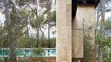 Das Material wird aus der Korkeiche gewonnen, dem typischen Baum der Gegend.