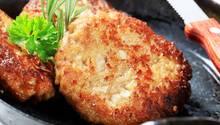 Veggie-Burger in der Pfanne