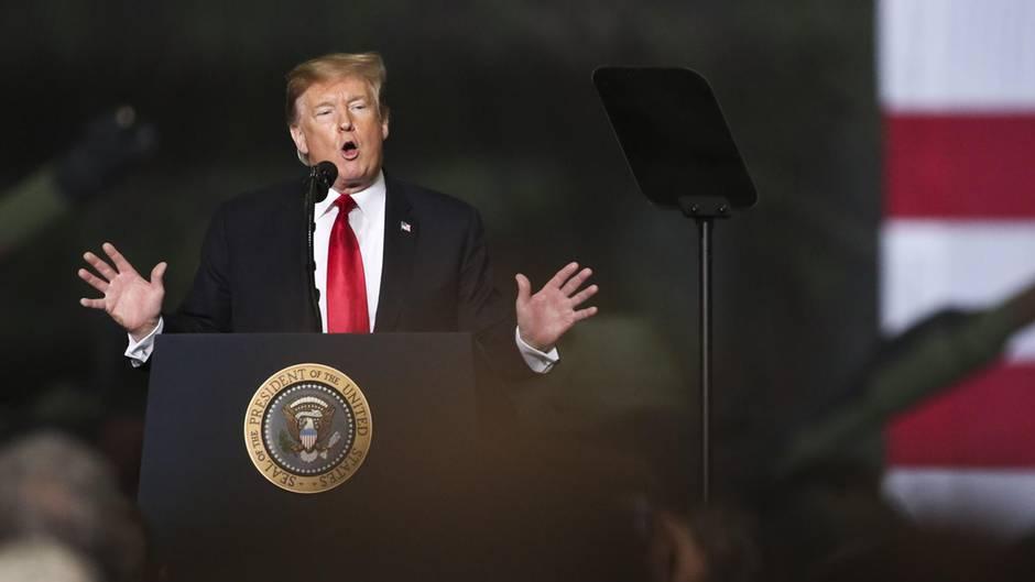 Donald Trump kritisiert John McCain