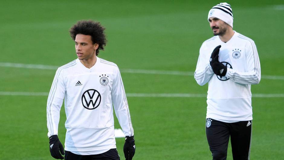 Die beiden deutschen Nationalspieler Leroy Sané und Ilkay Gündogan