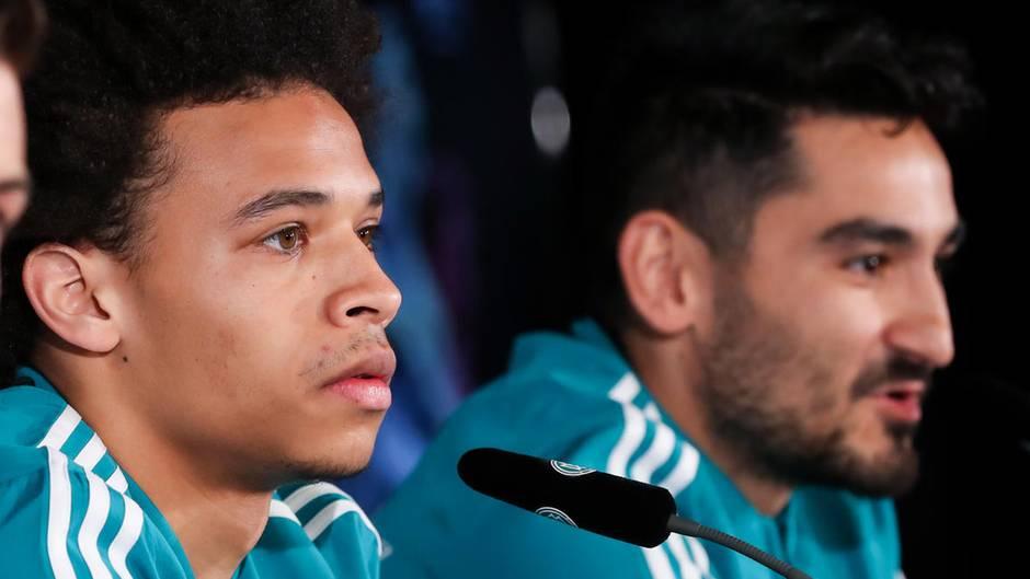 Ziel rassistischer Pöbeleien: Nationalspieler Leroy Sané und Ilkay Gündogan
