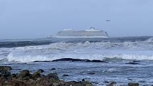Das Kreuzfahrtschiff Viking Sky ist vor Norwegens Küste in Seenot