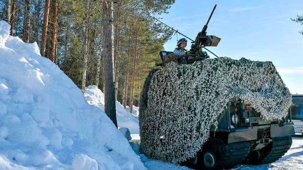 Bei einerMilitärübung in Schweden ist eine Soldatin ums Leben gekommen (Symbolbild)