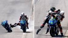 Links liegt ein Motorradfaher quer auf der Maschine eines Kontrahenten, rechts schlägt er nach dem Anhalten auf ihn ein