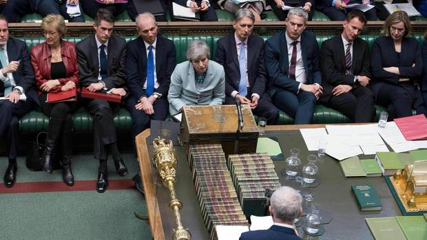 London: Britischer Labour-Parteichef Jeremy Corbyn spricht, nachdem Theresa May eine Erklärung zu Brexit abgegeben hat