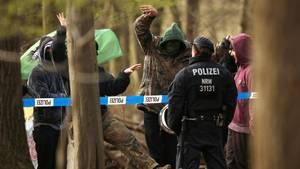 nachrichten aus deutschland aktivisten randalieren im hambacher forst