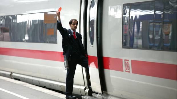 Wer mit den Bahn fährt, kann auch ab und an lustige Ansagen des Personals hören