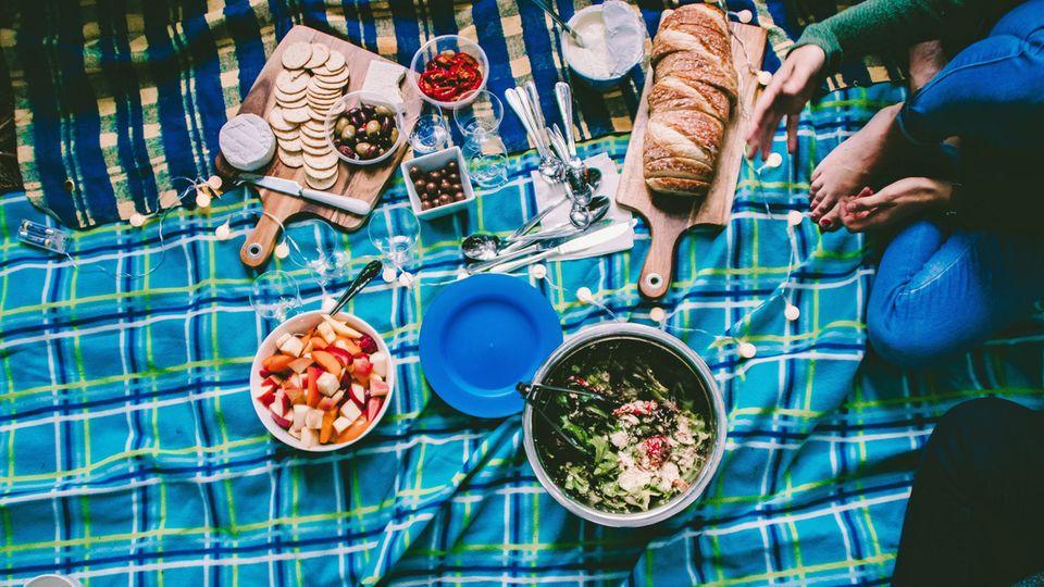 Mit einem Picknick den Frühling willkommen heißen