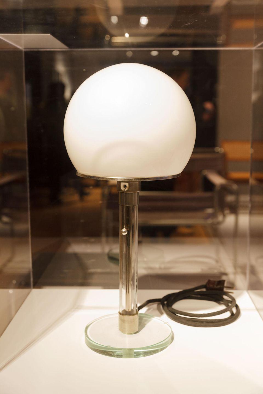 Bauhaus Lampe 100 Jahre