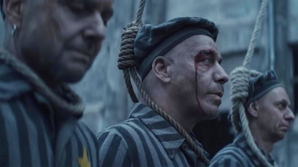 Rammstein-Video provoziert mit Band als KZ-Insassen