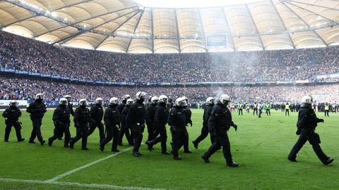 In Zukunft ist es möglich, dass sich zum Beispiel der Hamburger SV an den Polizeikosten beteiligen muss