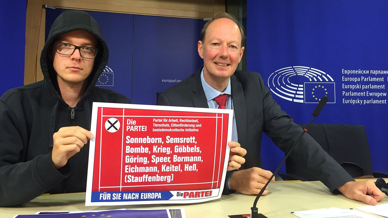 Martin Sonneborn auf einer Pressekonferenz