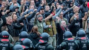 Abgebildet sind rechte Demonstranten in Chemnitz.