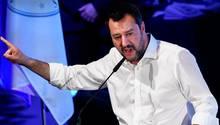Matteo Salvini zieht vor Gericht gegen Autor Roberto Saviano