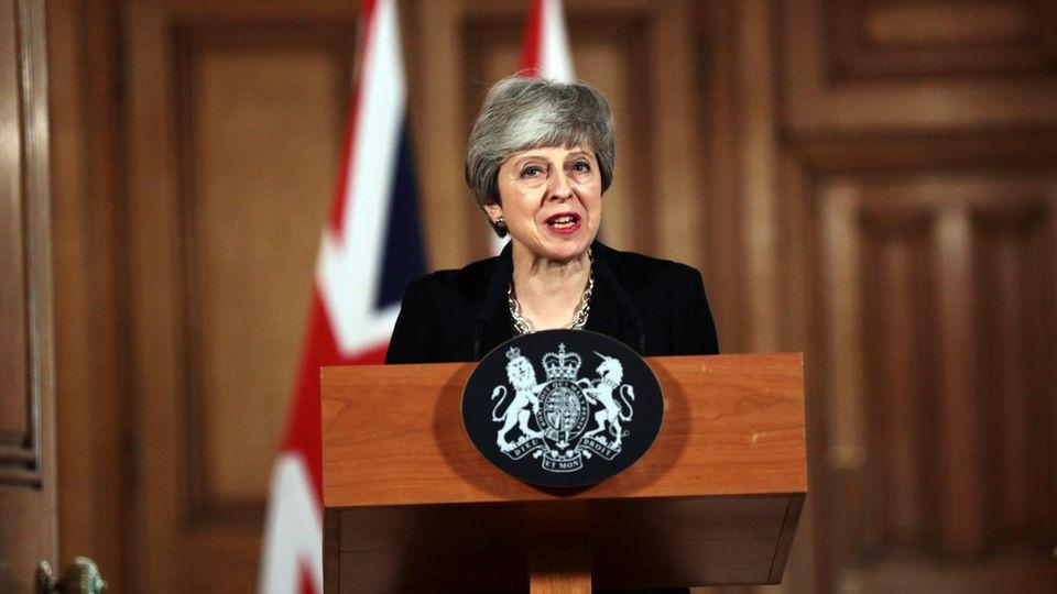 Theresa May in ihrem Amtssitz Downing Street 10