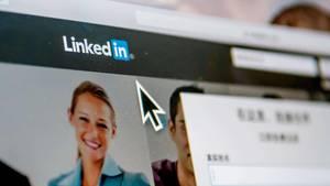Das Foto zeigt den Internetauftritt des Karrierenetzwerks LinkedIn